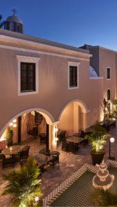 Selene Restaurant in Santorini