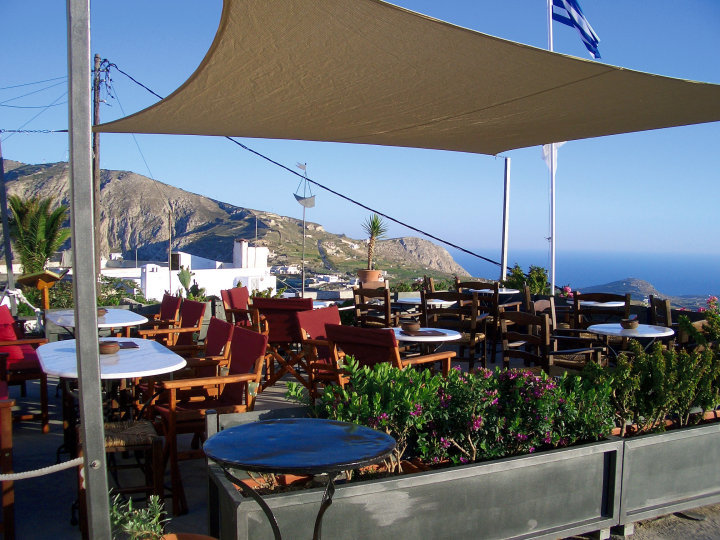 Best Sunset Spots Santorini | Cafes in Santorini | Franco's Cafe Pyrgos