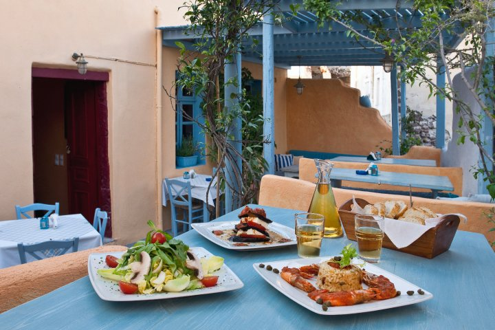 Dining in Oia | Eating Out in Santorini | Roka in Oia
